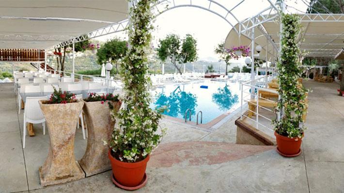 Venus Resto Pool
